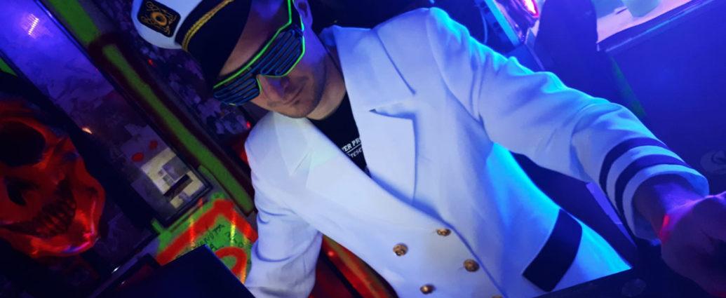 DJ Red (3)